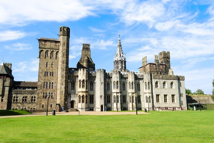 3 Must-See Hop-off Attractions